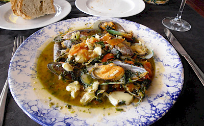 Seafood lunch in Algarve, Portugal. Photo via Flickr:Jay Cross