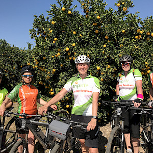 Group photo on the citrus farm