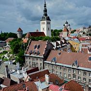 Bike break in Tallinn, Estonia. Photo via Flickr:Alejandro
