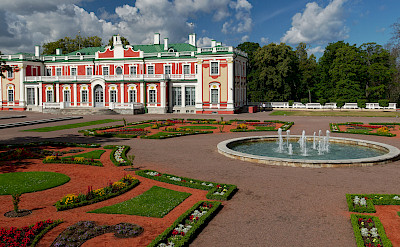 Kadriorg Palace in Tallinn, Estonia. Flickr:Rob Oo