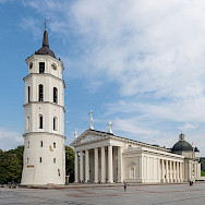 Cathedral and Bell Tower in Vilnius, Lithuania. Photo via Wikimedia Commons:Diliff