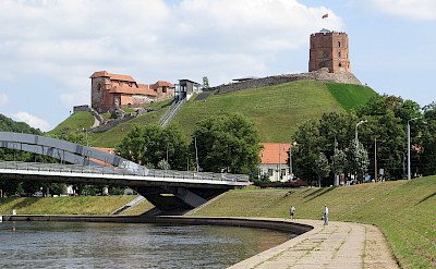 Upper Castle & Gediminas Tower on Neris River in Vilnius, Lithuania. Flickr:Bernt Rostad