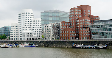 Neuer Zollhof in Dusseldorf, Germany. Photo via Flickr:Simon