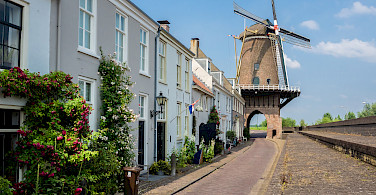 Windmill gate in Wijk bij Duurstede, Utrecht, the Netherlands. Photo via Flickr:Frans Berkelaar