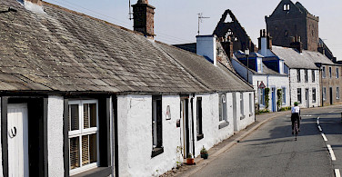 Experiencing Scottish life in Castle Douglas, Dumfries and Galloway, Scotland. Photo via TO