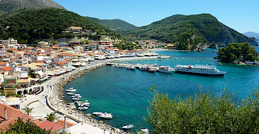 Shopping in Parga on the Ionian Coast. Photo via Flickr:Ursula van Riel