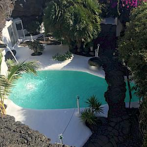 Enrique's home