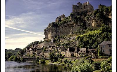 Biking along the Dordogne River in Beynac, France. Photo via Flickr:@lain G