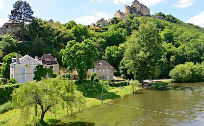 Another great castle in Castelnaud-la-Chapelle in Dordogne, France. Photo via Flickr:Stephane Mignon