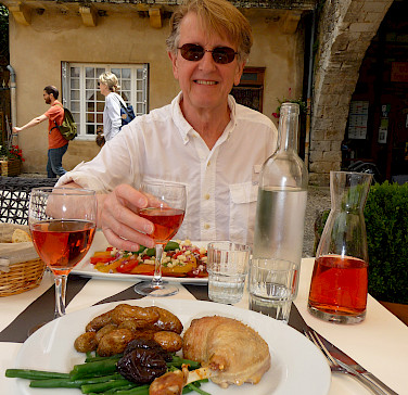 Lunch in Monpazier, a Bastide town in Dordogne, France. Photo via Flickr:Lynn Rainard