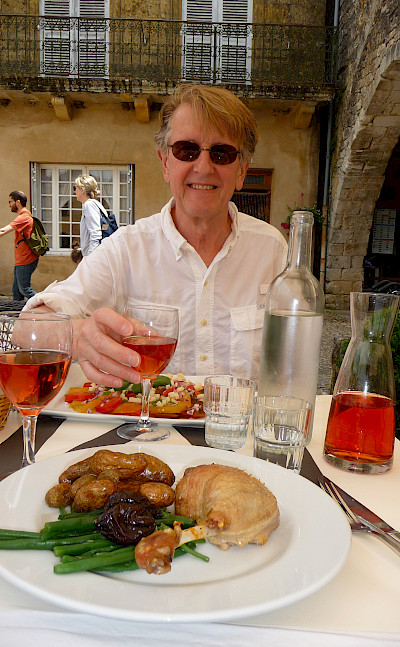 Lunch in Monpazier, a Bastide town in Dordogne, France. Photo via Flickr:Lynn Rainard