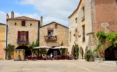 Sightseeing in Monpazier, Dordogne, France. Photo via Flickr:Lynn Rainard