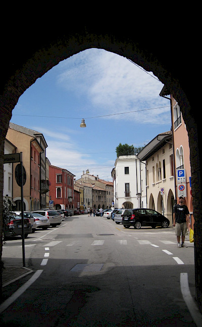 Entering Portogruaro in Veneto, Italy. Flickr:Cyril Doussin