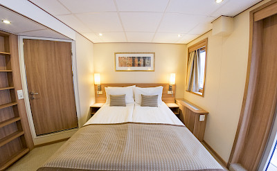 Upper deck suite | De Amsterdam | Bike & Boat Tours