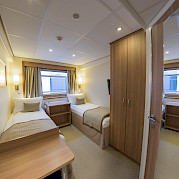 Twin cabin on De Amsterdam