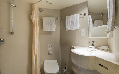 Bathroom is well stocked with bath products | De Amsterdam | Bike & Boat Tours