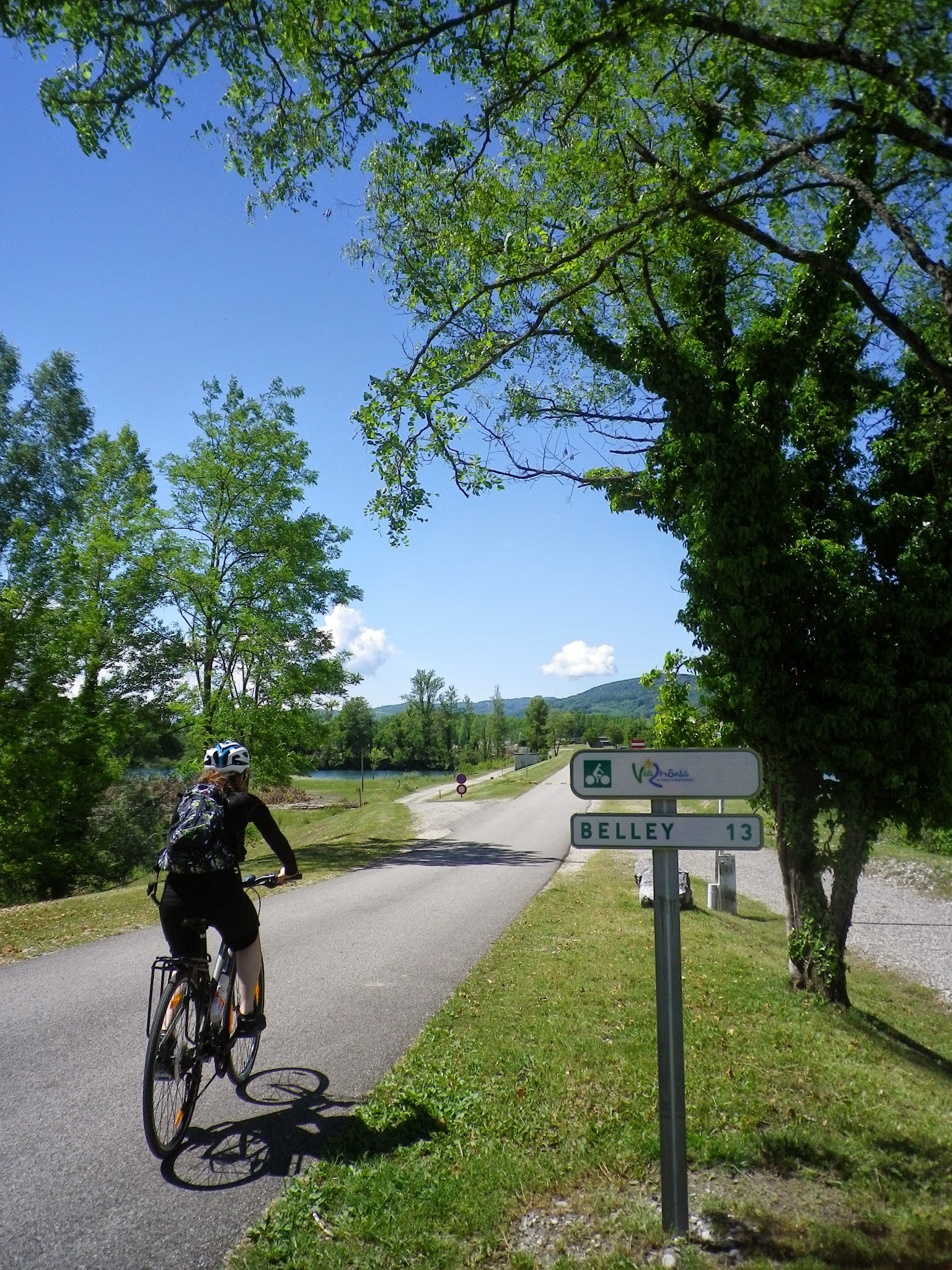 geneva to lyon bike tour switzerland france tripsite. Black Bedroom Furniture Sets. Home Design Ideas