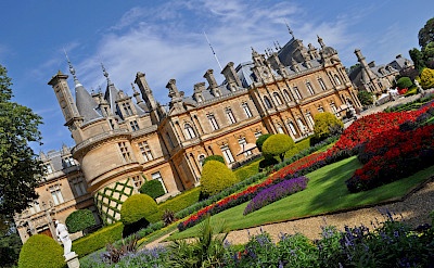 Great mansions to see in the United Kingdom. Flickr:Harshil Shah