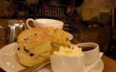 Scones and tea in Chipping Campden, Cotswolds, England. Flickr:Mr Thinktank