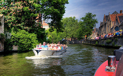 Canal tours in Brugge, Belgium. Flickr:Wolfgang Staudt