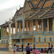 Balloons for sale at Phnom Penh temple in Cambodia. Photo via Flickr:Michael Coghlan