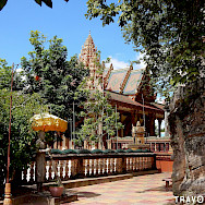 Phnom Santuk Mountain Pagoda in Kampong Thom, Cambodia. Photo via Flickr:Travolution360