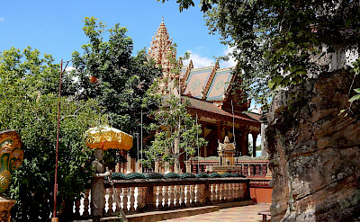 Phnom Santuk Mountain Pagoda in Kampong Thom, Cambodia. Photo via Flickr:Travolution360