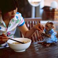 Sharing noodles in Vietnam. Photo via Flickr:Anton Novoselov