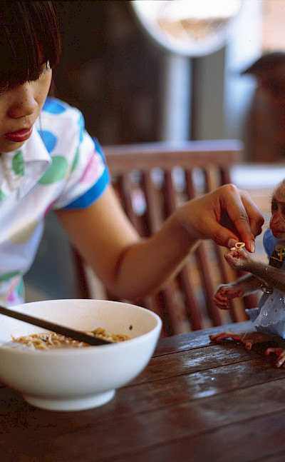 Sharing noodles in Vietnam. Photo via Flickr:Anton Novoselov