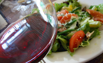 Beaujolais Salad and Burgundy wine in Burgundy, France. Creative Commons:Jeekc