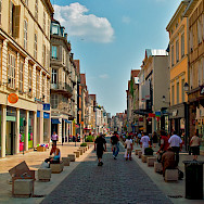 Sightseeing in Dijon, France. Flickr:llee_wu
