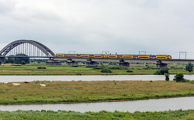 Trains through Culemborg, Gelderland, the Netherlands. Flickr:Rob Dammers