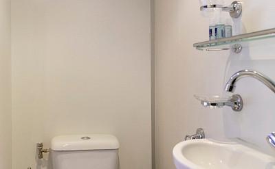 Bathroom on De Nassau | Bike & Boat Tours
