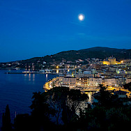 Nighttime in Porto Santo Stefano, Tuscany, Italy. Photo via Flickr:Theo K