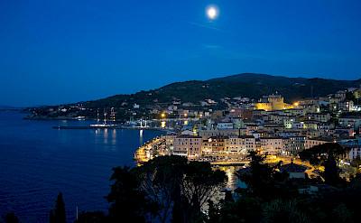 Nighttime in Porto Santo Stefano, Tuscany, Italy. Photo via Flickr:Theo K