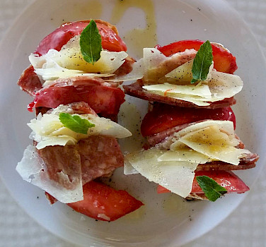 Great fresh delicacies in Tuscany, Italy. Photo via Flickr:Salvandonica Borgo del Chianti