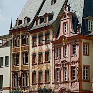 Beautiful facades in Mainz, Germany. Flickr:Compte d'Artagnan