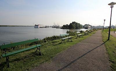 Bike path along the IJsselmeer in Enkhuizen, the Netherlands. Flickr:bert knottenbeld