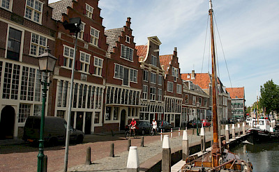 Fancy gables and traditional boats in Hoorn, North Holland, the Netherlands. Flickr:bert knottenbeld