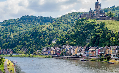 View of Reichsburg and the Mosel River through Cochem, Germany. Flickr:Frans Berkelaar