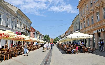 Novi Sad pedestrian street in Serbia. Flickr:Dennis Jarvis