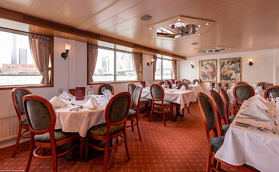 Dining room on the Olympia | Bike & Boat Tours