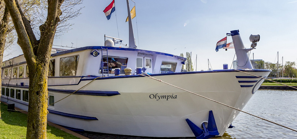 Olympia ship - the Netherlands: Rotterdam to Zeeland Bike & Boat Tour.