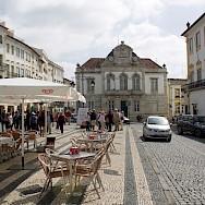 Giraldo Square in Evora, Portugal. Flickr:Patrick Nouhailler