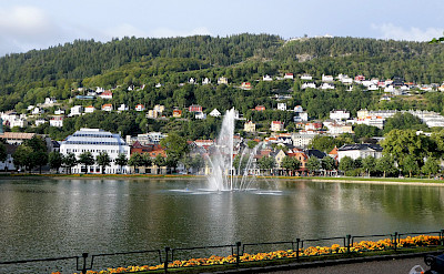 Fountain in Bergen, Norway. Photo via TO.