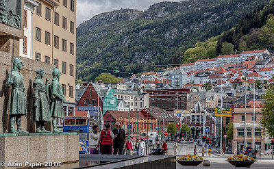 Sightseeing in Bergen, Norway. Flickr:PapaPiper