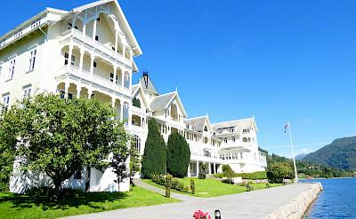 Beautiful Kviknes Hotel in Norway. Photo via TO.