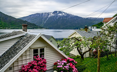Biking through Sogndal, Norway. Flickr:dconvertini