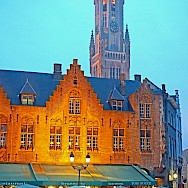 Dining in the main square in Bruges, Belgium. Flickr:Dennis Jarvis