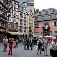 Shopping at Marktplatz in Cochem, Germany. Flickr:Roman Tikgeist